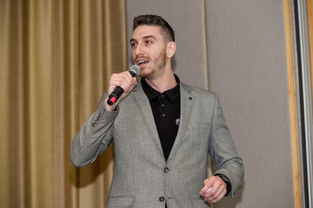 Dejan Mladenovski hosting the OMSYD SEO Conference